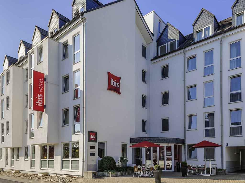 ibis Koeln Leverkusen. Bienvenue dans le Rhin : le 3 ?toiles ibis K?ln-Leverkusen est situ? au centre de Leverkusen, id?al pour les touristes et les v
