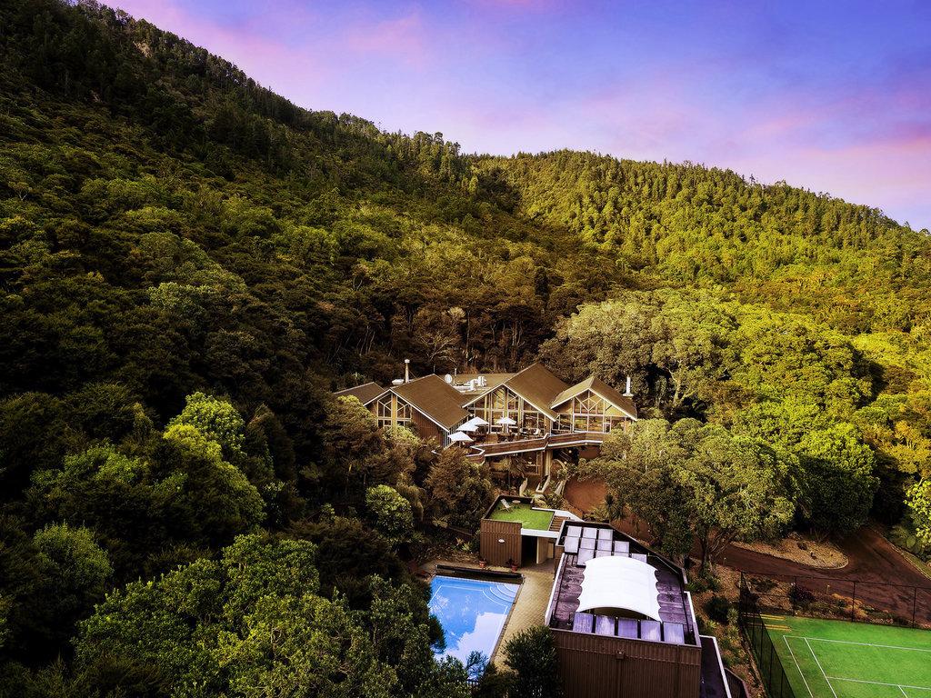 Grand Mercure Puka Park Resort. Le Grand Mercure Puka Park Resort b?n?ficie d'un emplacement calme ? Pauanui Beach, sur les flancs du Mont Pauanui, ?