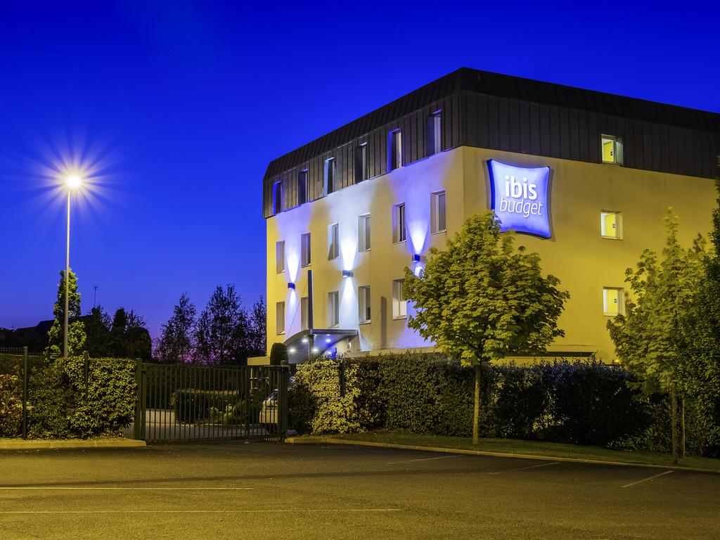 ibis budget Amboise. L'ibis budget Amboise (ex Etap Hotel) se situe au coeur des ch?teaux de la Loire tels que Chenonceau, Chambord, Cheverny... Sur u