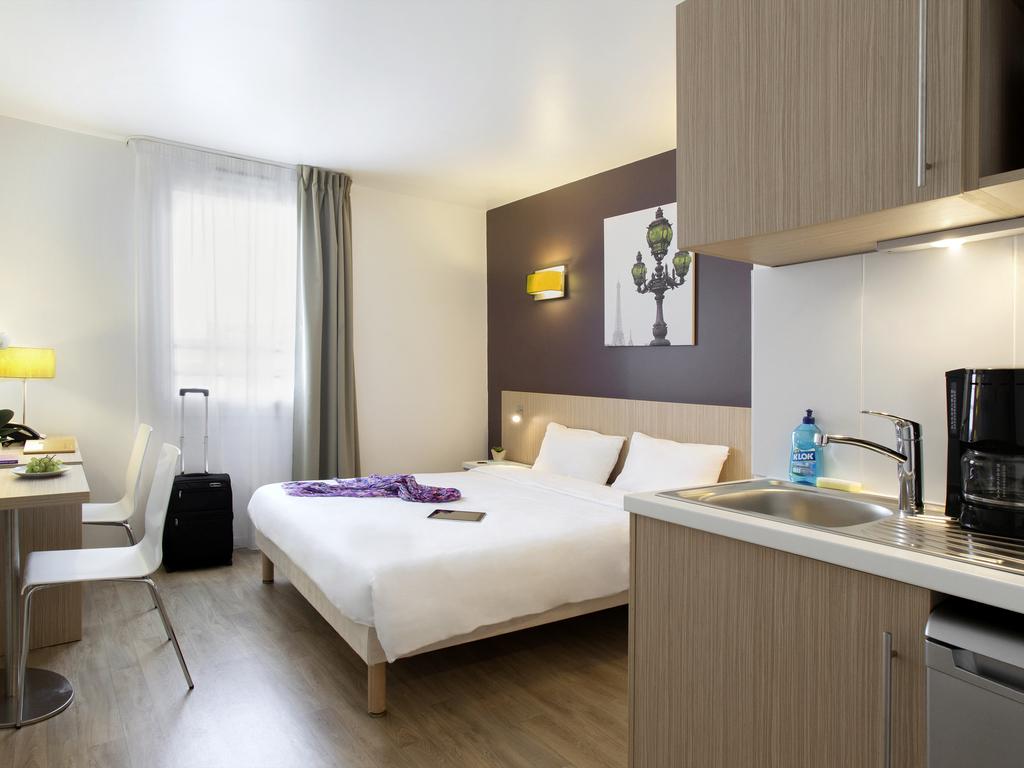 Aparthotel Adagio access Paris Clichy. Id?al pour vos s?jours d'affaires ou loisirs, l'Adagio access Paris Clichy vous accueille au coeur d'une ville
